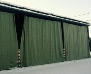 Зеленый брезент