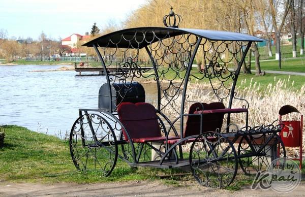 Беседка-колесница