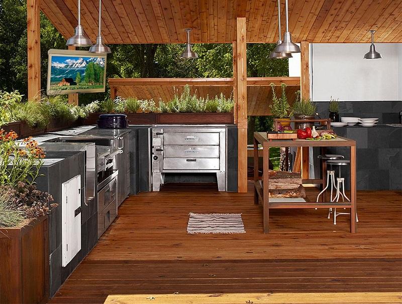 Интерьер летней кухни