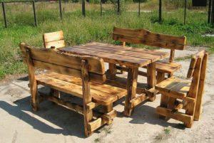 Комплект стол, лавки и стулья из лиственницы