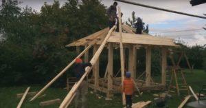 4 шаг обшивка крыши